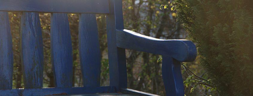 bench-2810102_1920