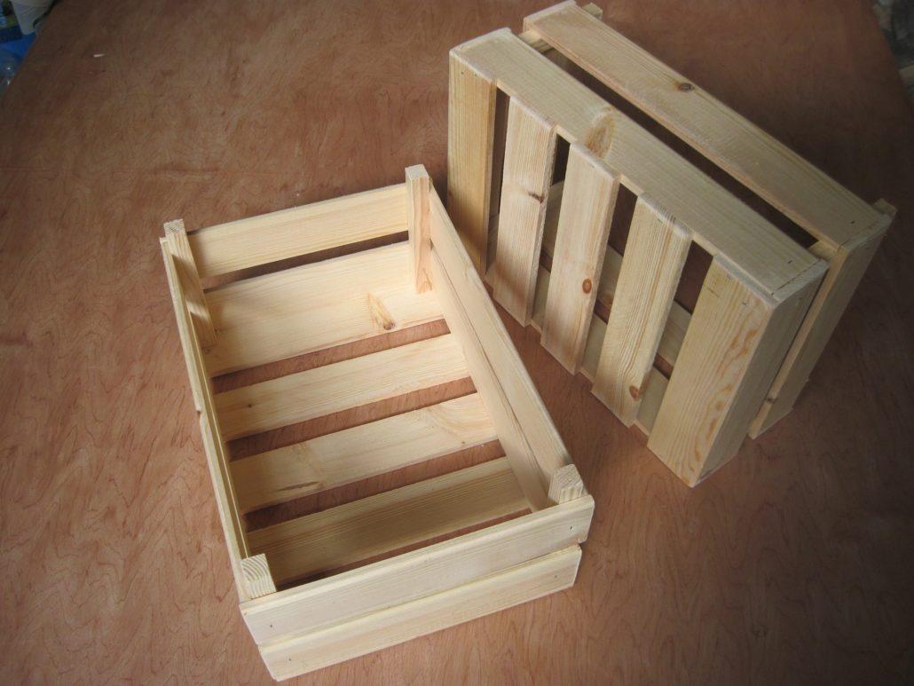 Unikalne Drewno czy plastik, co lepsze na skrzyniopalety?   Pako-Bud BK75